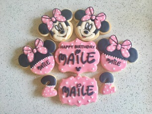 Minnie Mouse Birthday set. $45/dozen.