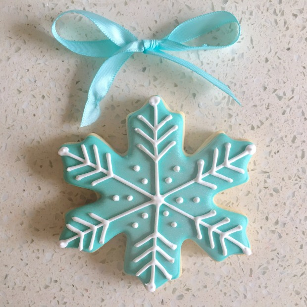 Shimmery Mint Snowflake